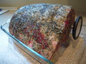roast-beef-with-thermometer